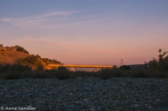 It did give a warm glow to the bridge behind us.