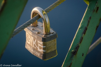 On the way back across the bridge, I spotted this lone lock.