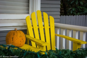 So do bright yellow chairs and pumpkins!
