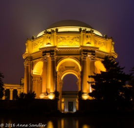 The Palace Of Fine Arts at night.
