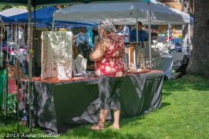 A shopper and vendor.